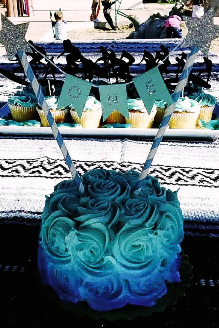 Surfer Themed Birthday Party Dessert Ideas. Beach Themed Cake Ideas. Southern California Party Decor. Surfer cake and cupcake ideas. Ocean themed dessert table. Surfer first birthday party. Surfboard Cake Ideas. Surfboard cupcakes. First Birthday Party Theme Ideas For Boys and Girls. #surfer #birthday #cake #surfboa