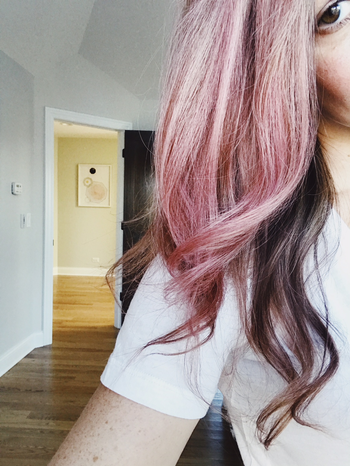 How to color your hair pink. How to use temporary pink liquid hair chalk. Hot to get pink hair for Halloween. #halloween #liquid #hair #chalk
