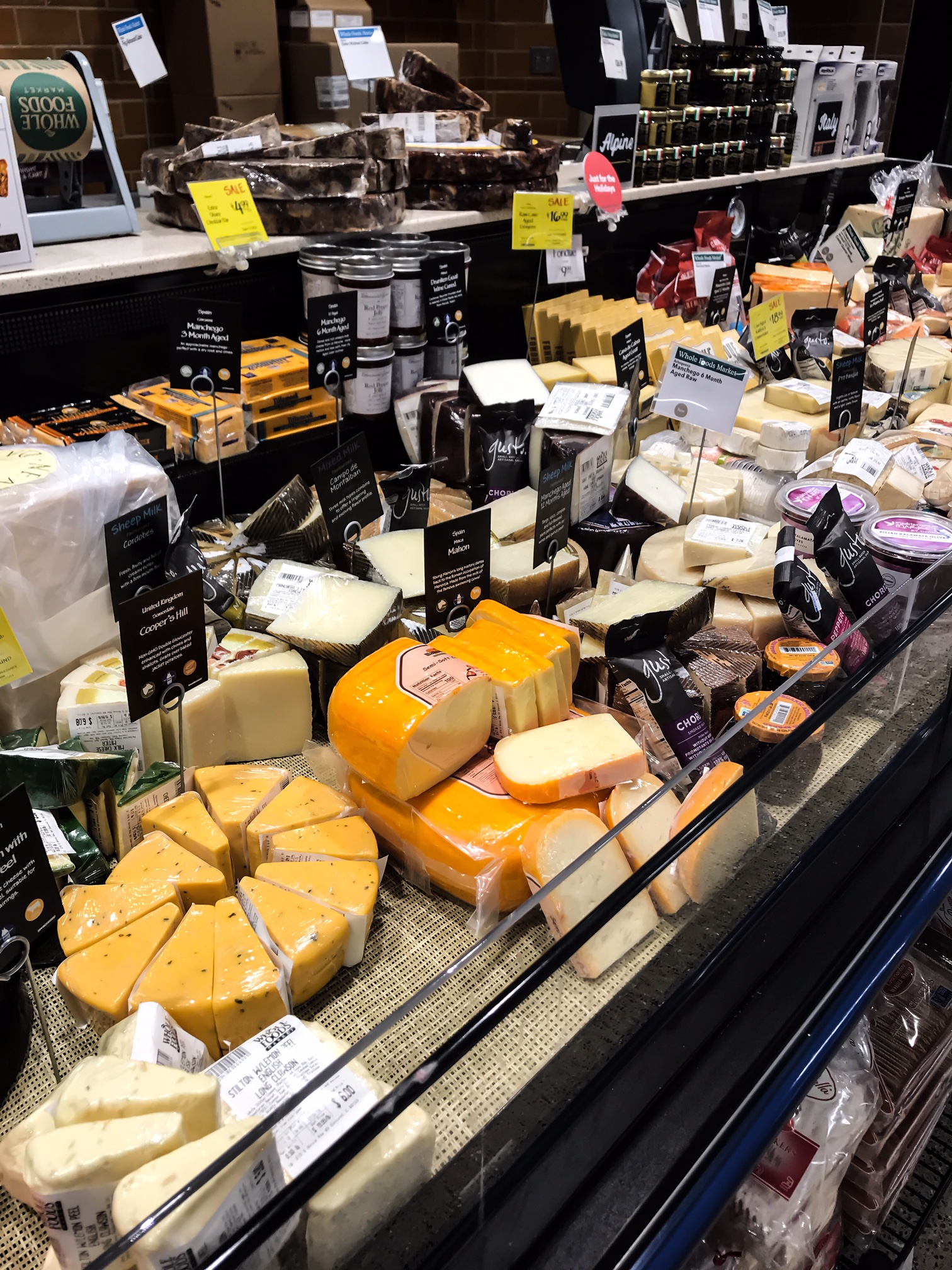 Cheese to buy at Whole Foods Market. Cheese recipe ideas. How To Have A Low Key Fancy New Year's Eve At Home With Your Family. New Year's Eve ideas for kids. How to celebrate the new year at home. New Year's Eve With Kids. Shopping at Whole Foods Market For The Holidays. #sponsored #MakesMeWhole #LowKeyNYE #Whole #Foods