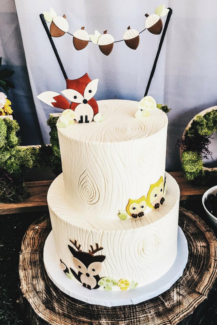 Woodland Animal Cake Ideas. Fox, deer, and owl birthday cake. First Birthday cake ideas. Designer cakes for 1st Birthday party. Woodland animal themed dessert ideas.
