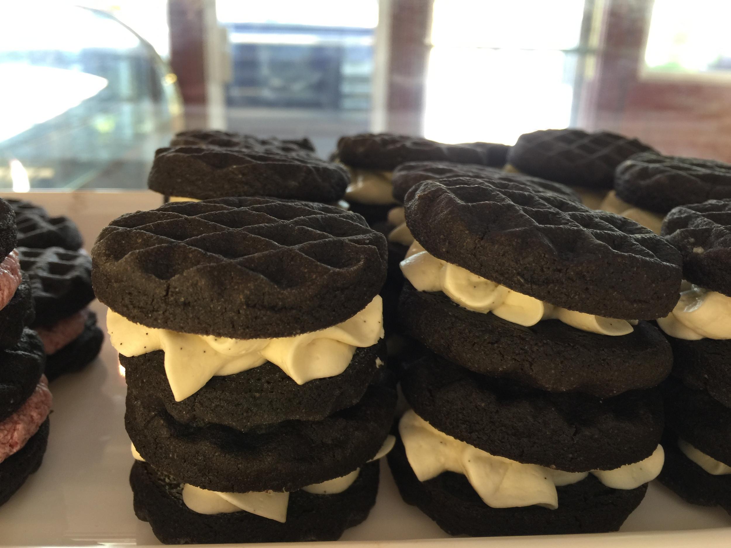 Sandwich Cookie.JPG