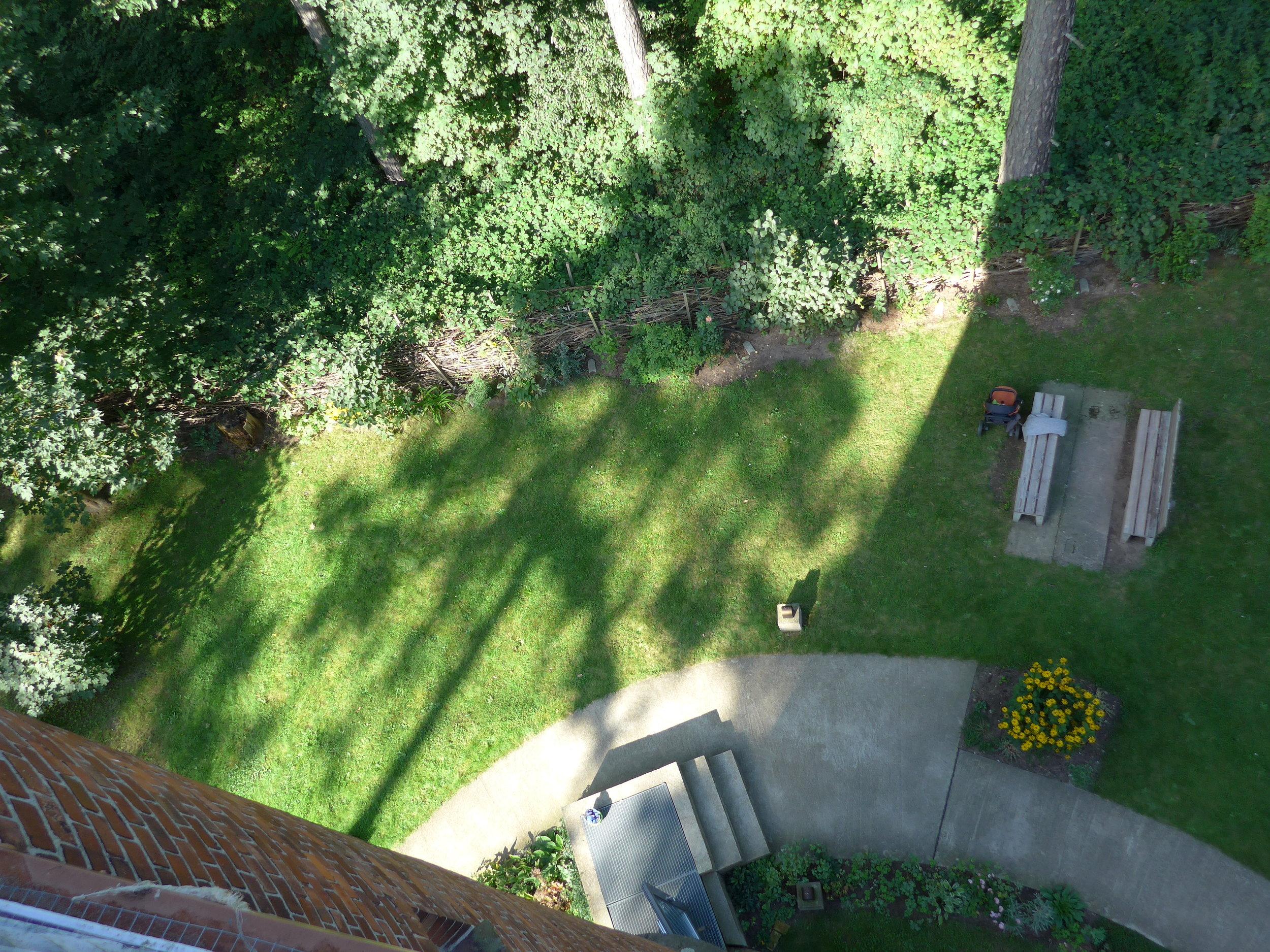 Blick auf Grundstück_1_©BEWAHREN Ferienhaus eG P1020160.jpg