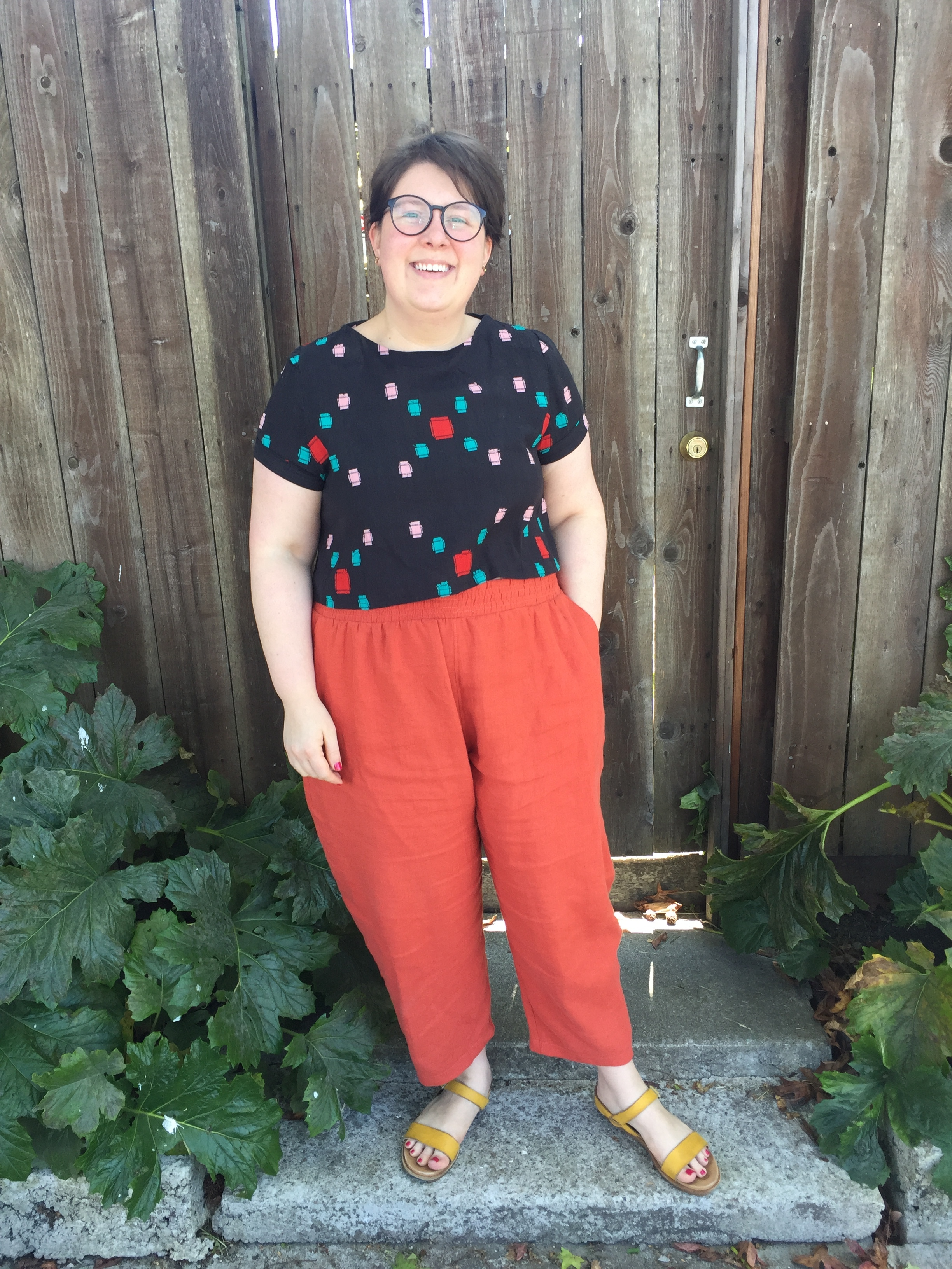 May 11: Freemantle Pants in Linen and Inari Tee