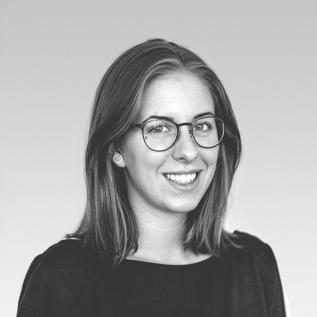 Fruzsina Toth - Project Manager