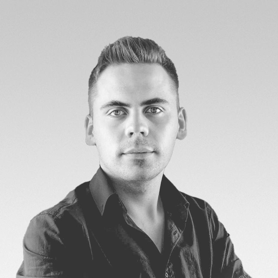 Apor Kovacs - Product & Graphic Designer (ext)