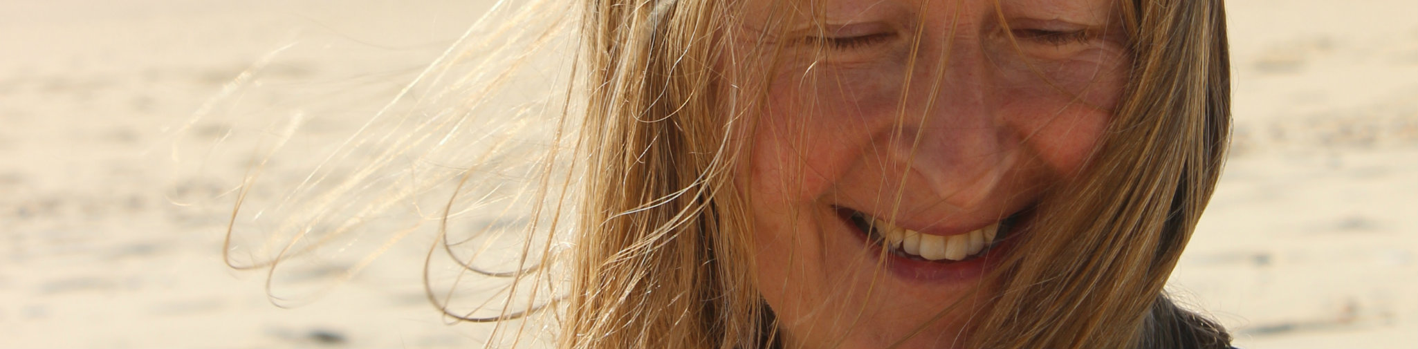 Beach girl 2 Portugal 2015.jpg