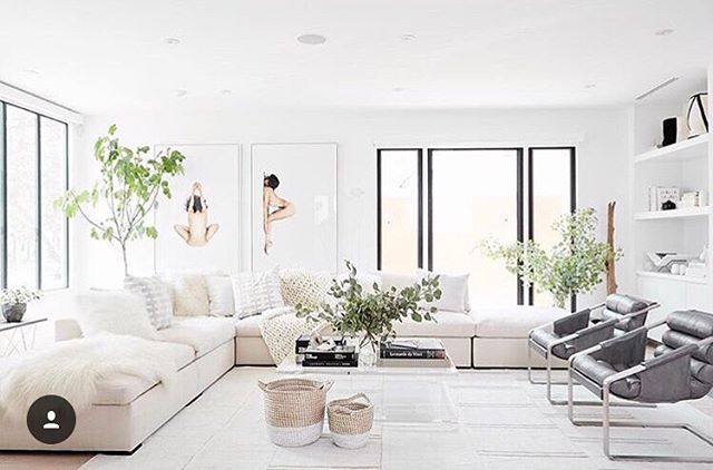 @jenatkinhair's new living room is so N I C E we want to sneak in just to sit on that couch.  Design: @consortdesign  Pic: @dustylu . . . . . #jenatkinhair #consortdesign #allmodern #homestyle #updated #mymodern #declutter #space #breathe #fresh #organizedspace #livingspace  #interior #interiordesign #interiorstyle #interiordecor #decor #style #homestyle #inspiration #homeinspiration #homeinspo #interiorinspo