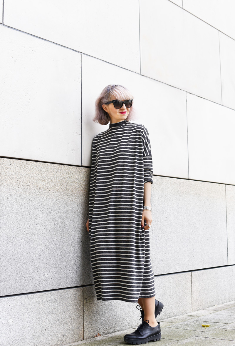 monki-dress-striped-maxi-midi-oversized-trend-fall-fashionblogger-munich-muenchen-nachgesternistvormorgen-streetstyle-11-Kopie.jpg