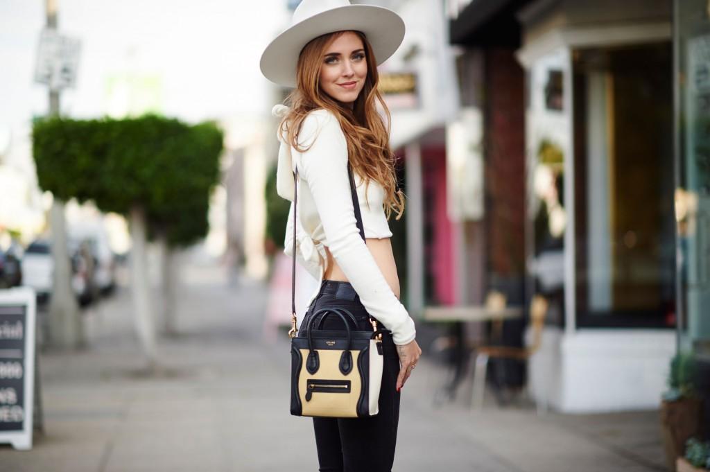 chiara - sexy & accessorizing.jpg