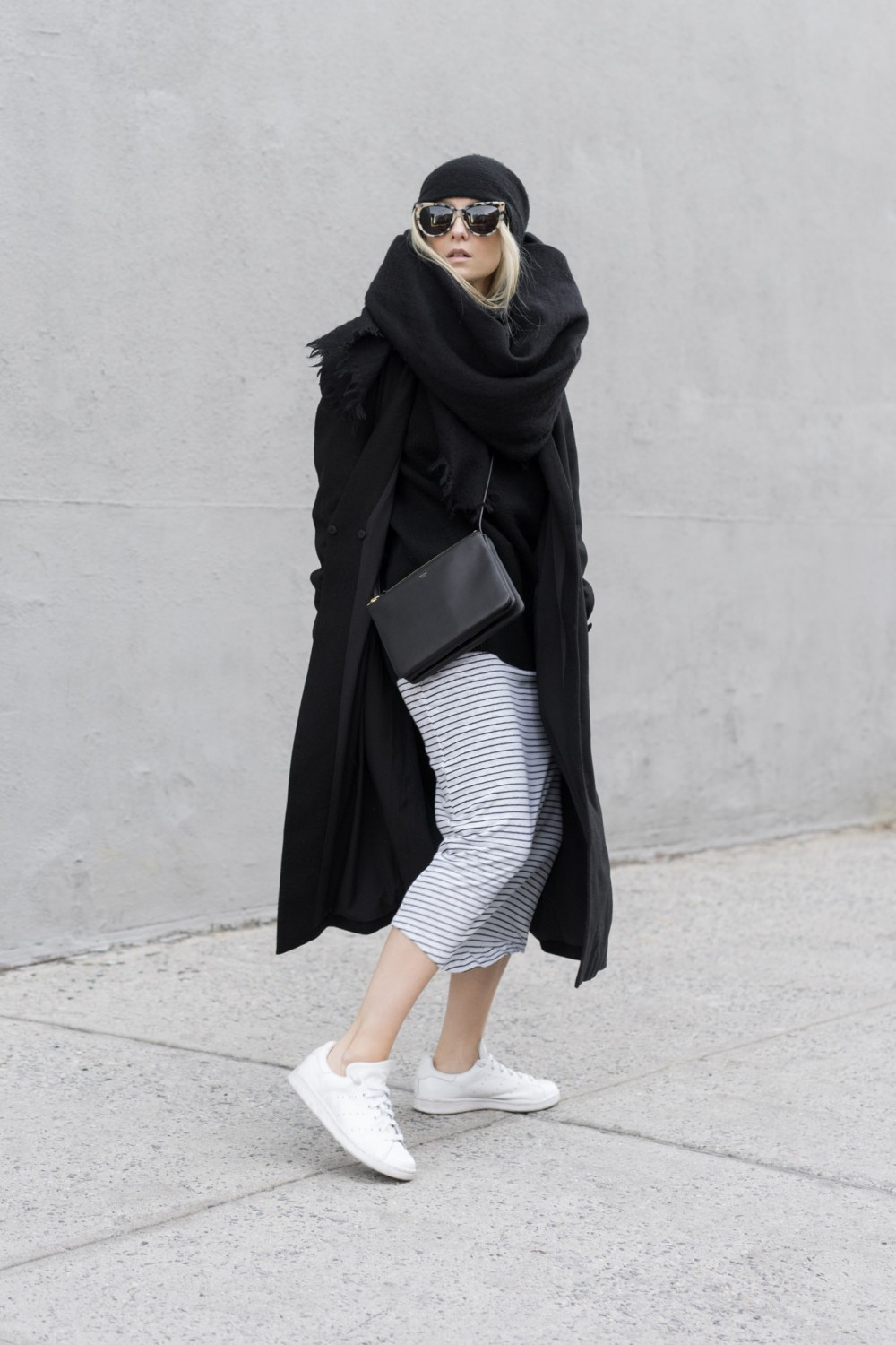 minimalism fashion blogger