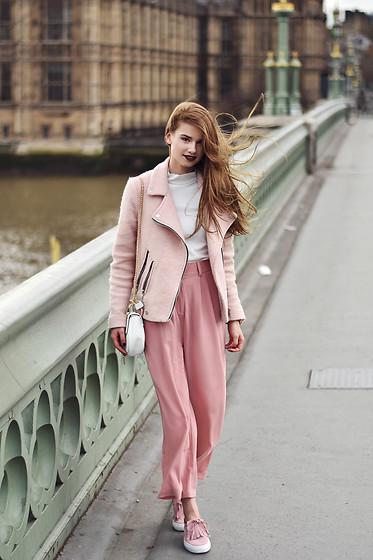 fashion bloggers changing the way we view fashion