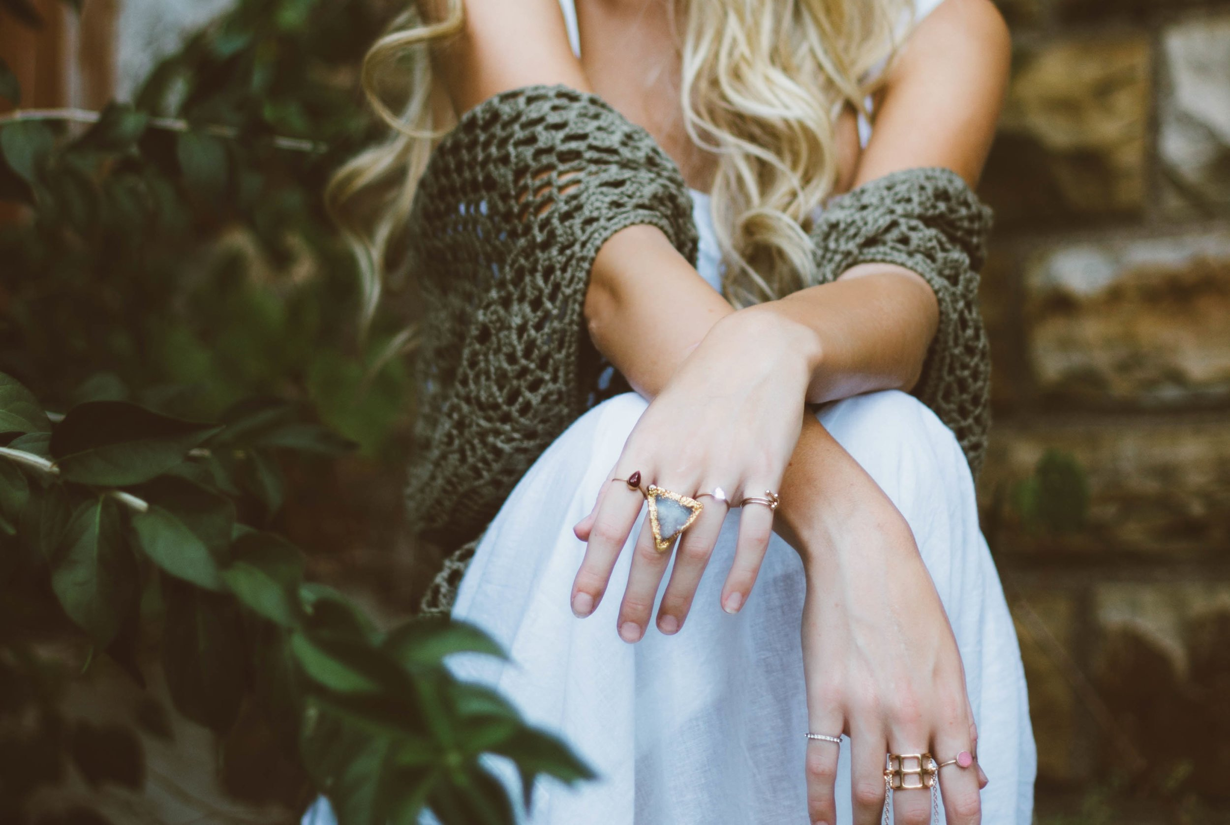 how to shop sustainable fashion