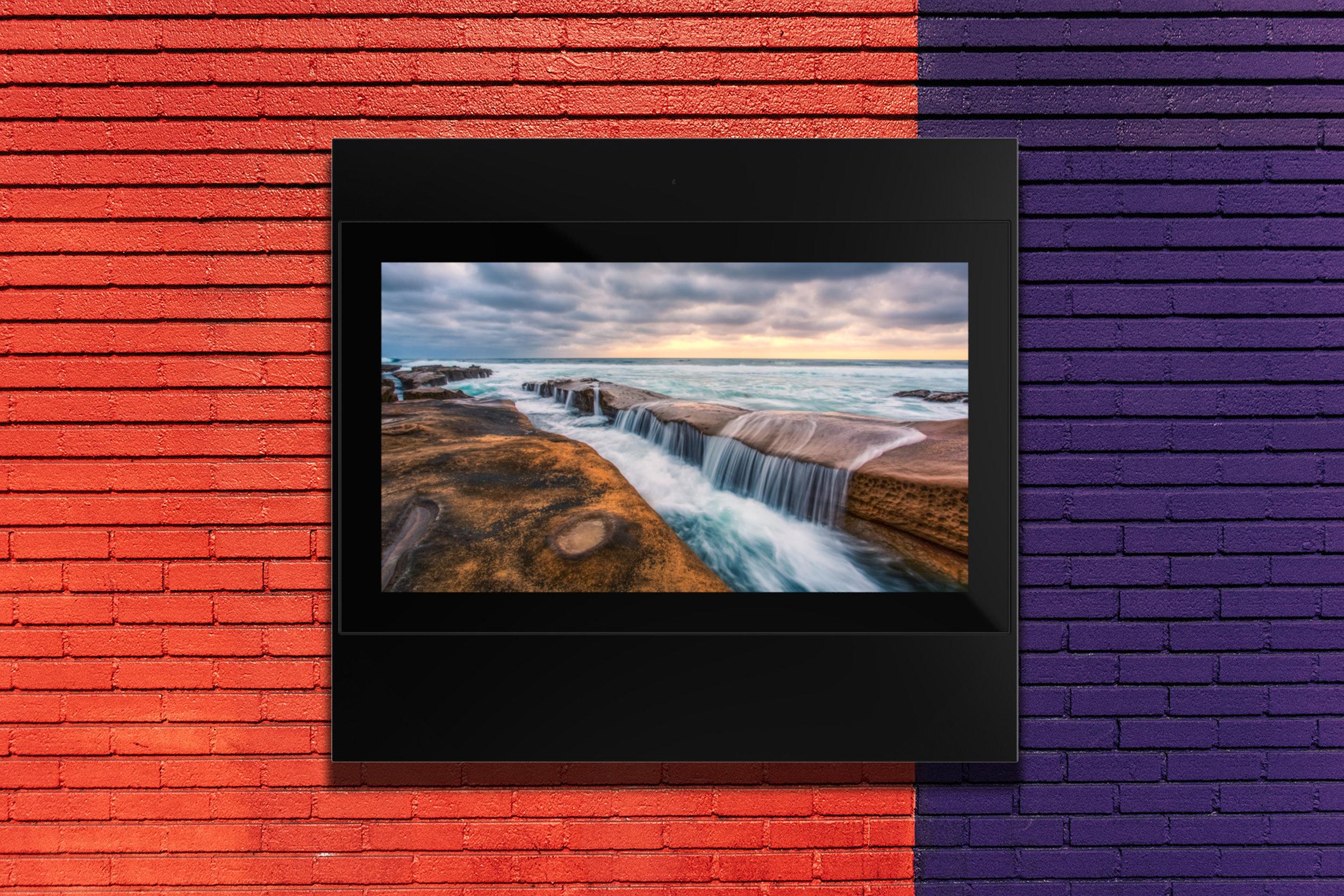 keewin display 43 inch Outdoor Displays-wall mounted-4.jpg