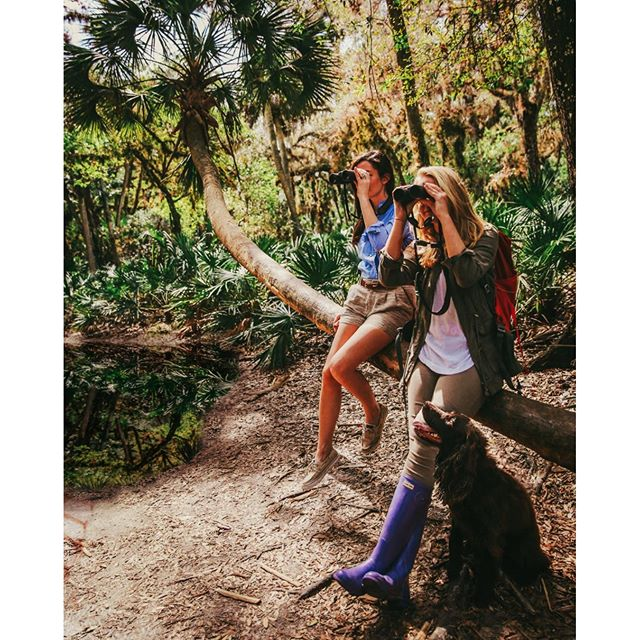 Sarah Vickers  and her friend Tori Linder birding Myakka River State Park,Florida, Feb. 2016.Photo by Carlton Ward.
