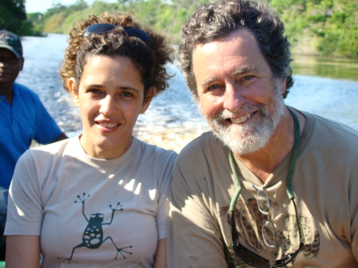 Ribeiro with the wildlife photographer  Kevin Schafer,  Brazil, 2008.