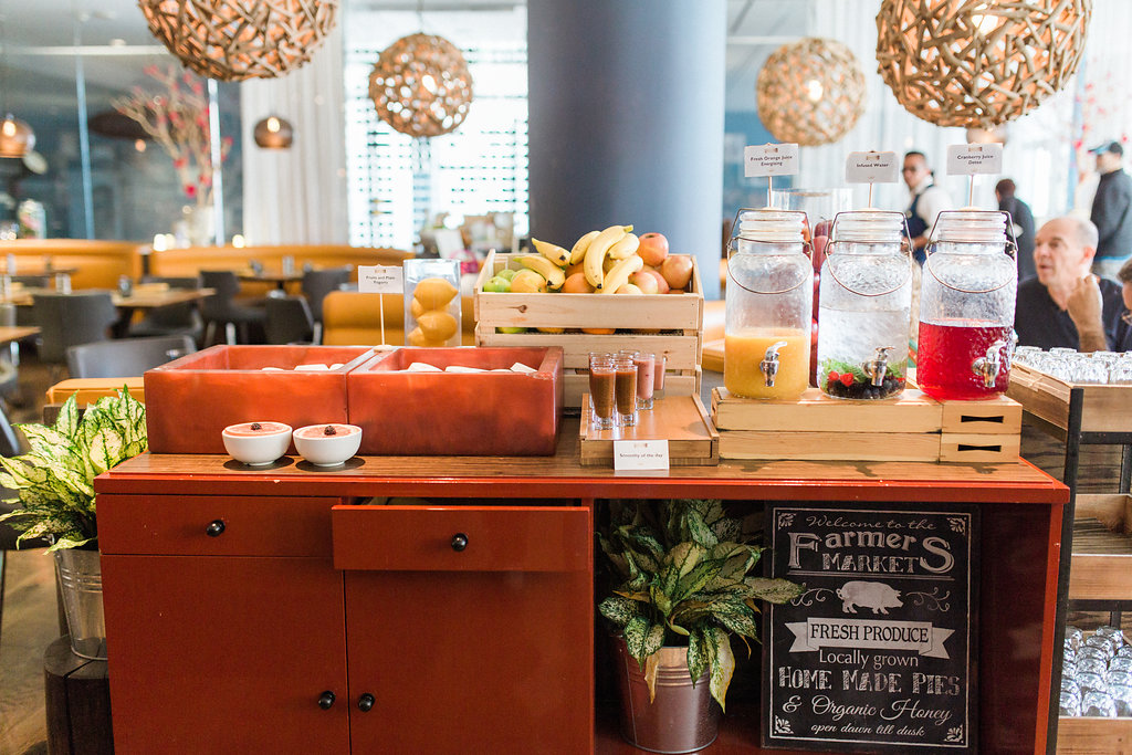 Smoothie and Juice Bar at Esterérel at The Sofitel Hotel Los Angeles at Beverly Hills