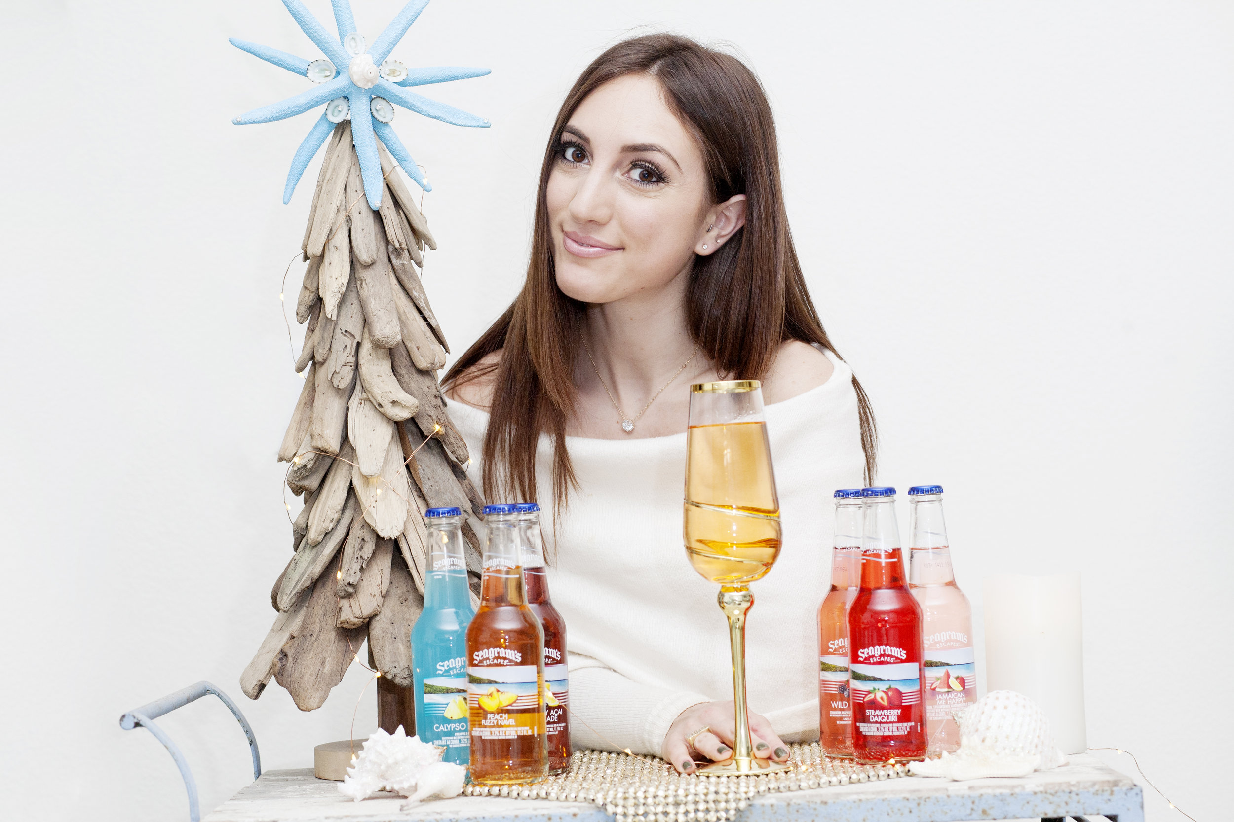 Brielle Galekovic of The Gilded Bellini with Seagram's Escapes
