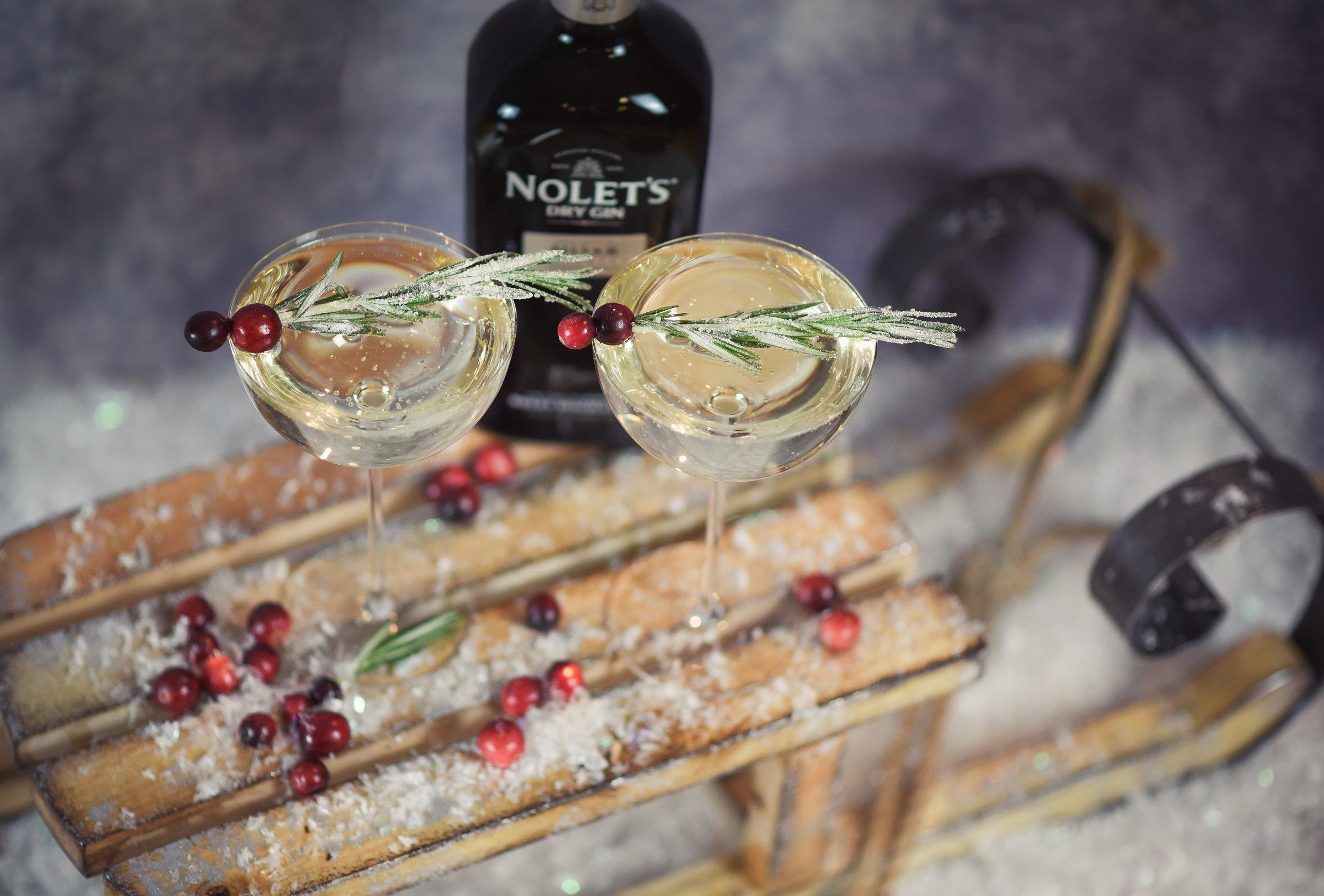 Nolet's Gin Winter White