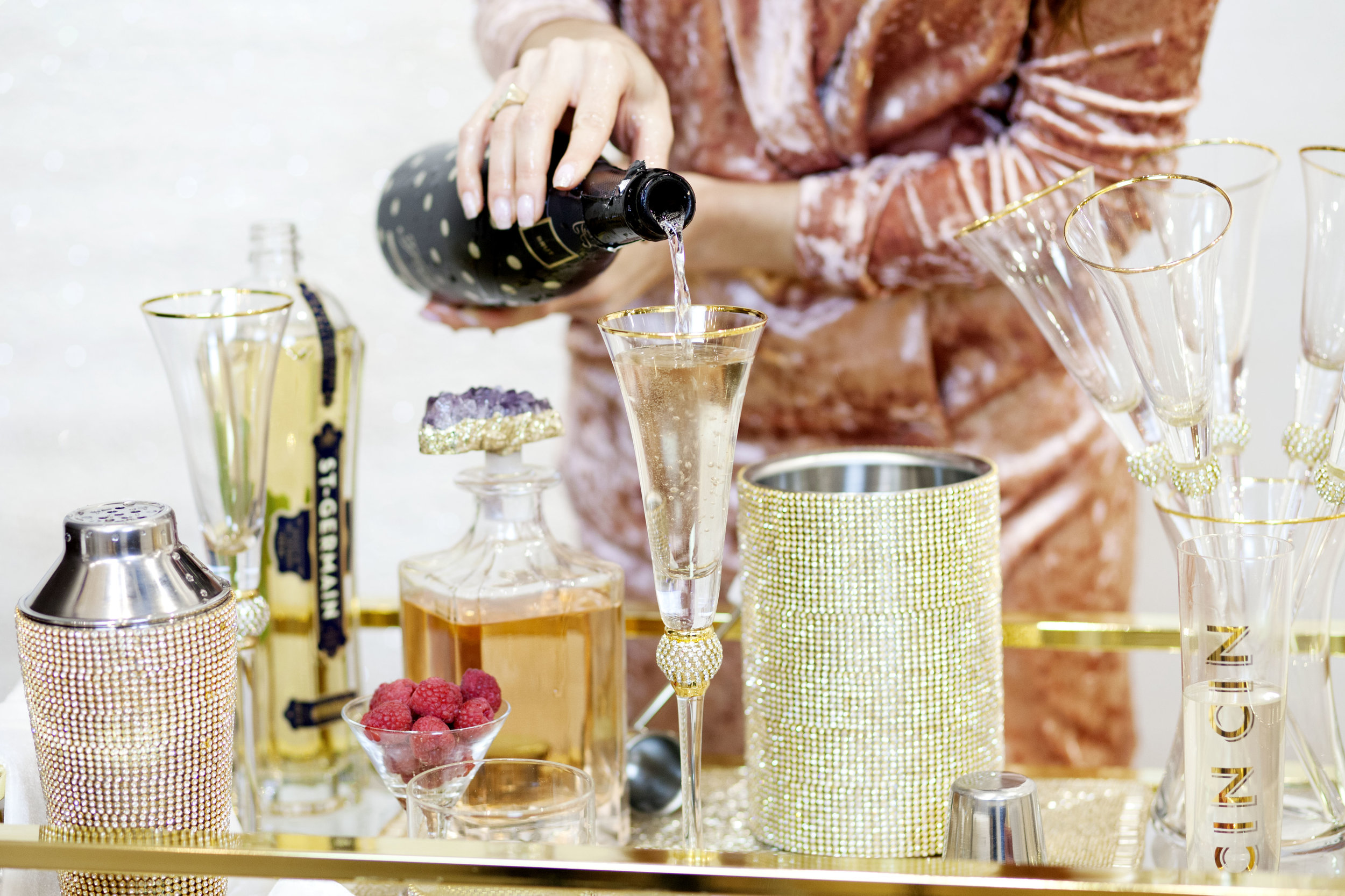 How to Make the Z Bellini Cocktail - Z Gallerie