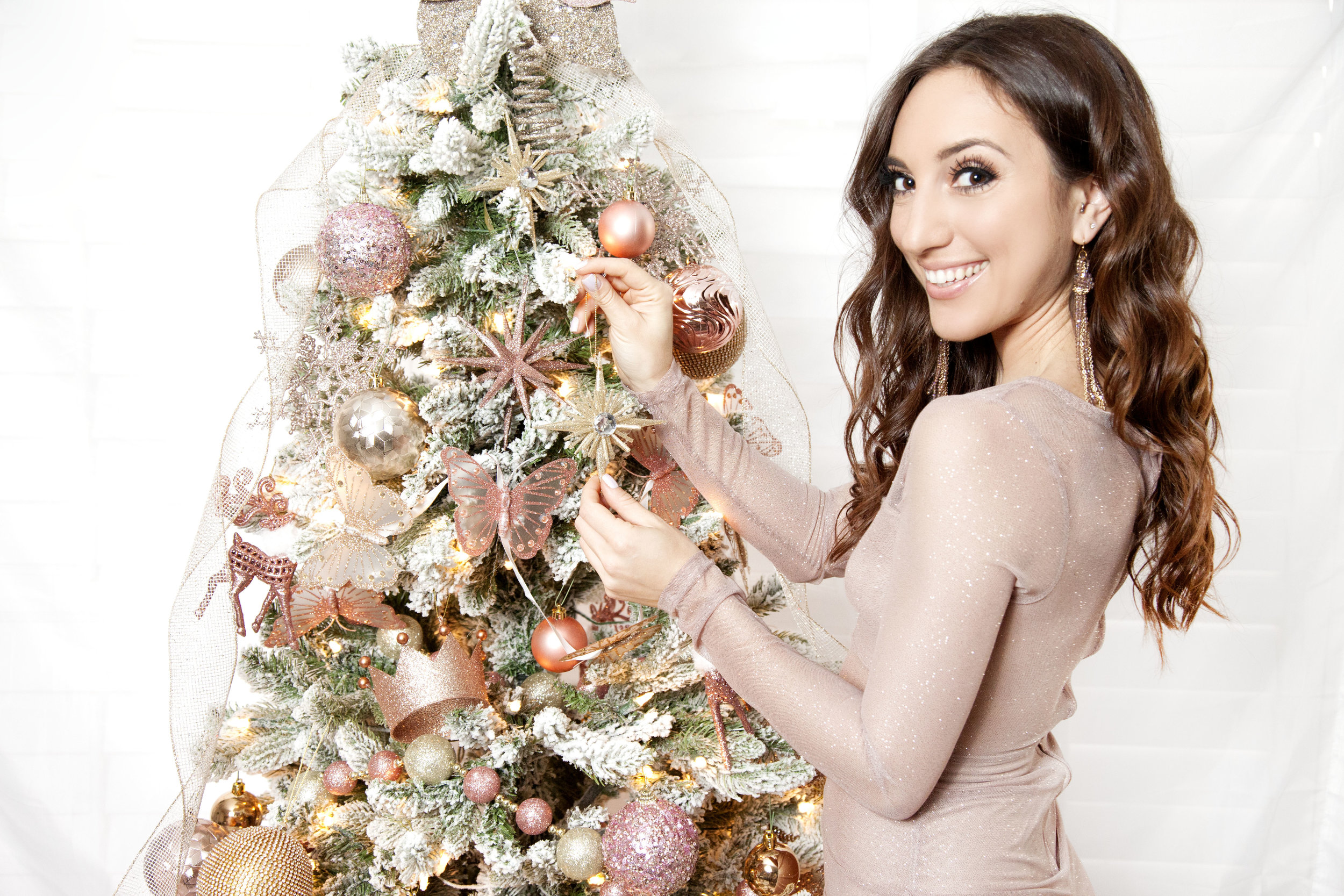 Brielle Galekovic of The Gilded Bellini - Holiday Gift Guide
