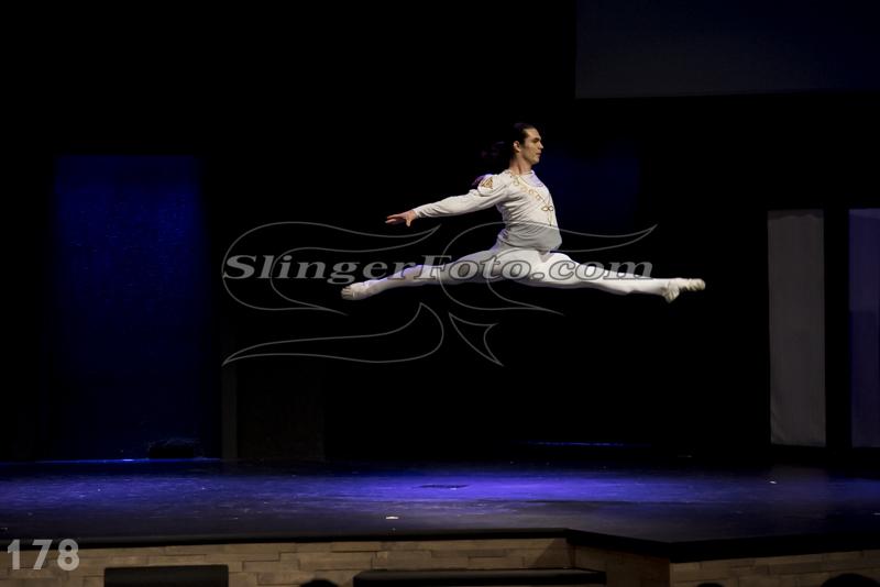 Performance-178.jpg