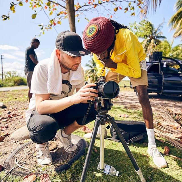 Jamaica 2019 // Feels great being back! Only 2 days left, but making the most of it! Those were taken a few days ago on set with @runkusinno ! Watch out for this;) 📷: @michaelromacker  #portland #kingston #jamaica #runkus #videoshoot #videographer #musicvideo #forestamusic #sonya7sii #patience #876 #energy