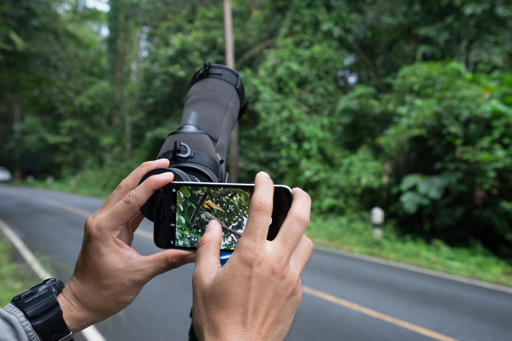 Iphone + Telescope = Telephoto Lens
