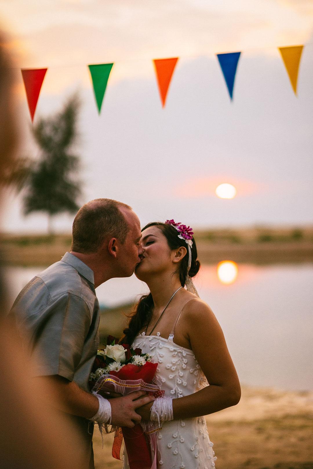 Thailand Wedding Photographer - Krabi/Khao Lak/Phuket