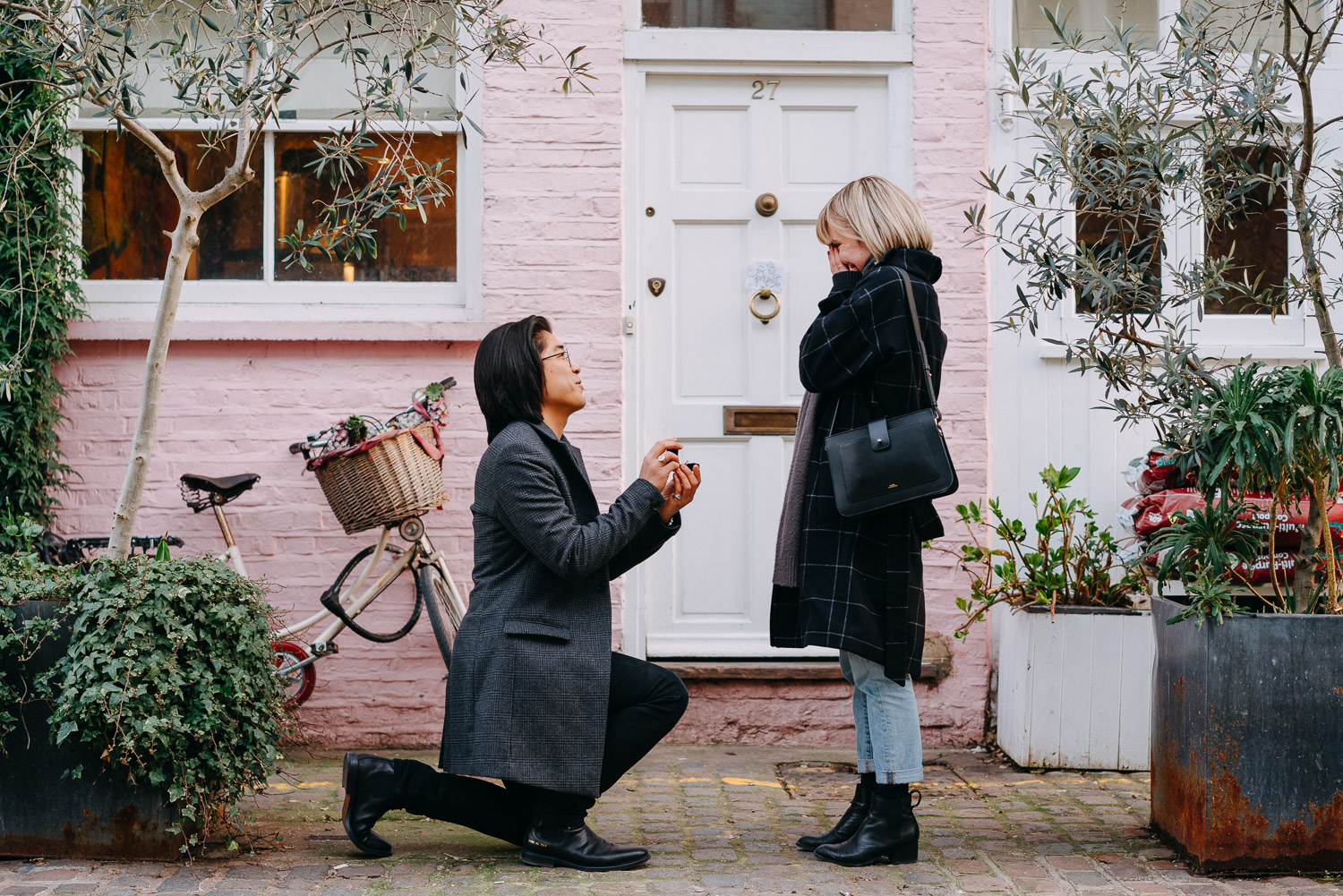 Surprise Proposal photoshoot in Notting Hill, London