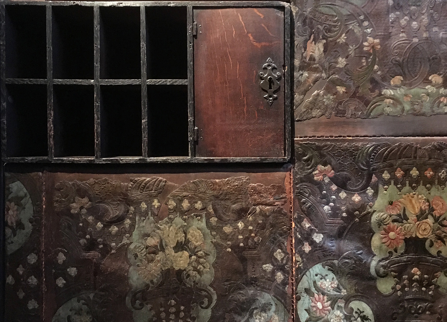 Plantin's small office is decorated with painted and tooled leather.