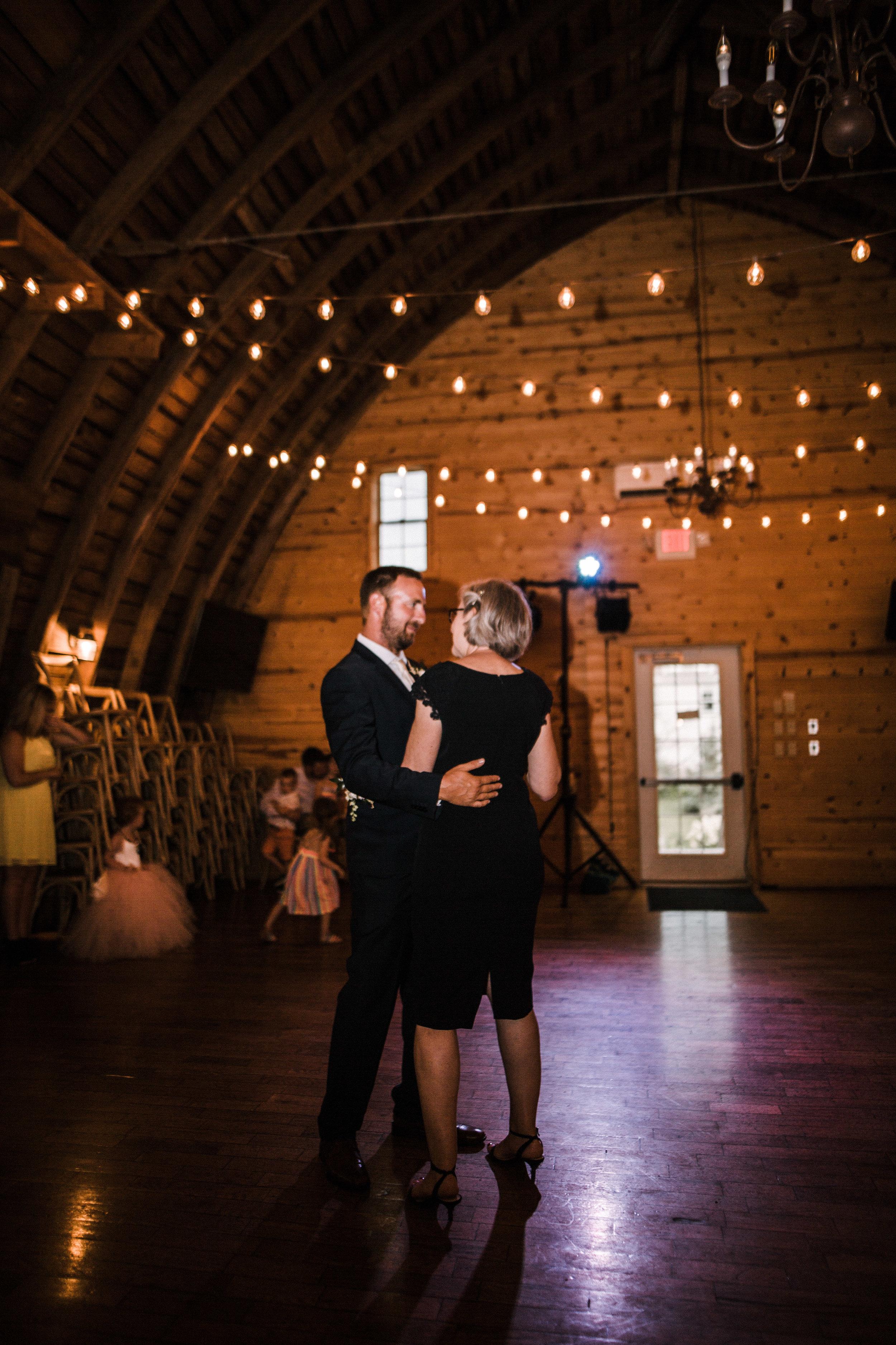 weddingblogsmall-0414.jpg