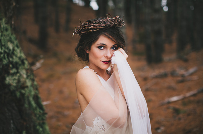 Enchanting-woodland-forest-wedding-_-Featured-on-Truly-and-Madly-_-See-more-www.trulyandmadly.com-67.jpg