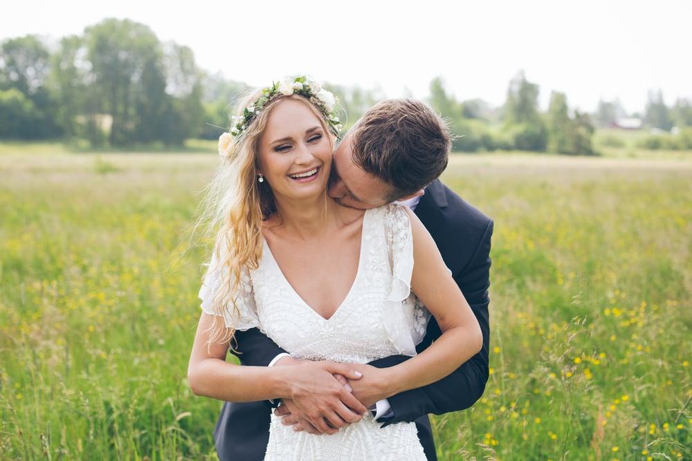 Somrigit lantbröllop
