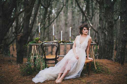"""Stylat bröllop inspirerat av Stravinsky's """"The Firebird"""""""