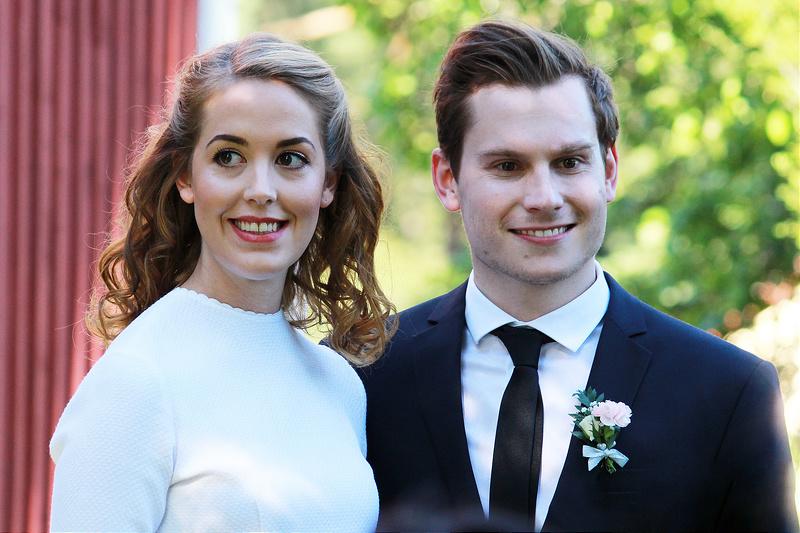 Lantligt bröllop: Elinor och Johan