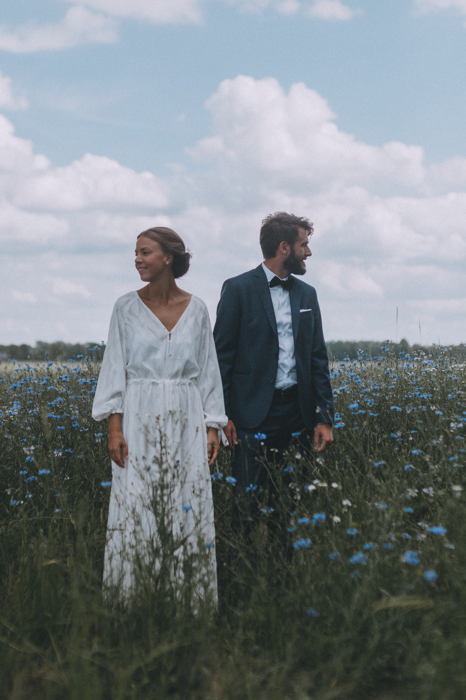 lantligt bröllop+sisters in law