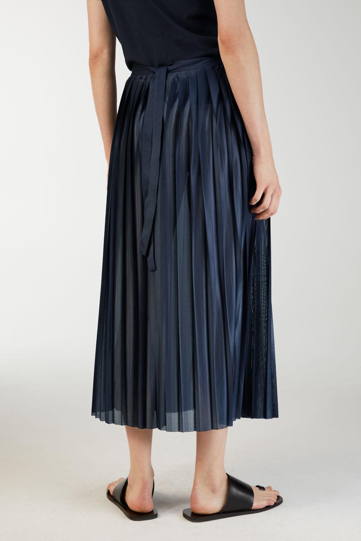 Plisserad kjol , Arket