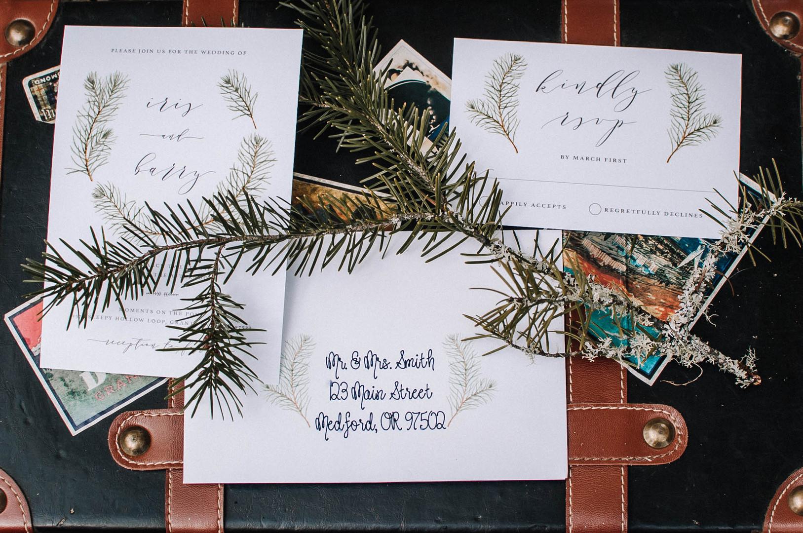 bröllop+elopement+bohemiskt+trycksaker+skog