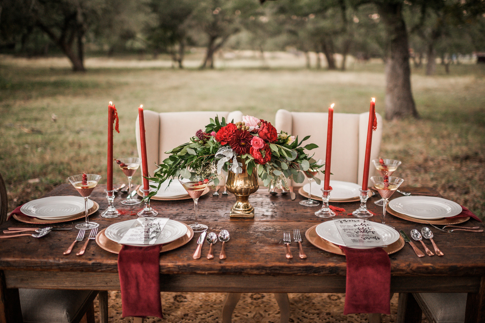 bröllop+klänning+rustikt+elopement+dukning