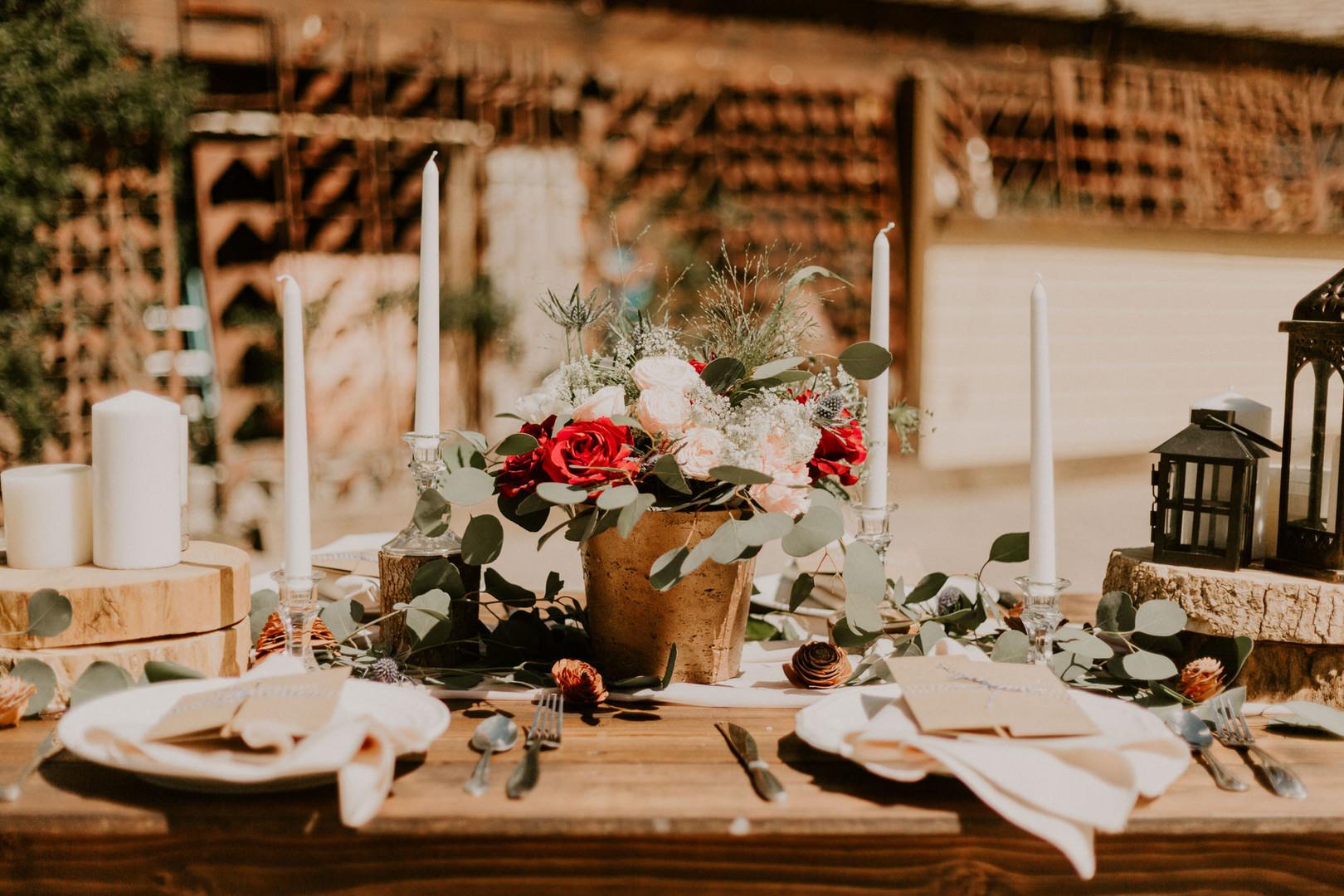 bröllop+romantiskt+lantligt+dukning