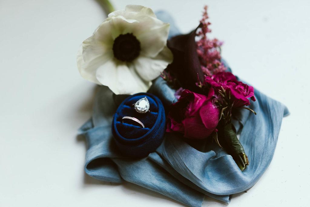 bröllop+elegant+rustikt+ringar