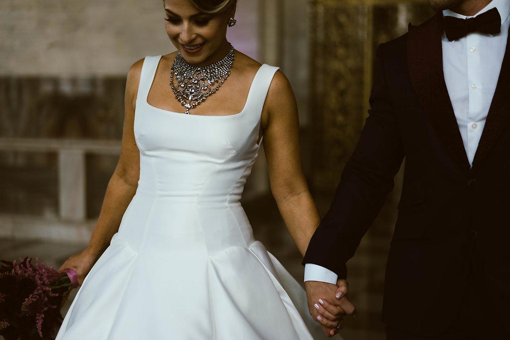 bröllop+elegant+rustikt+brudklänning