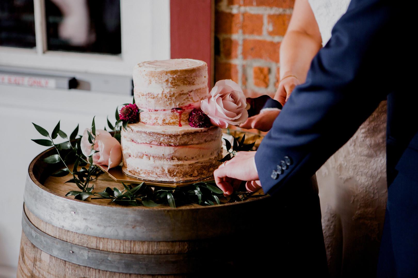 bröllop+elegant+rustikt+tårta