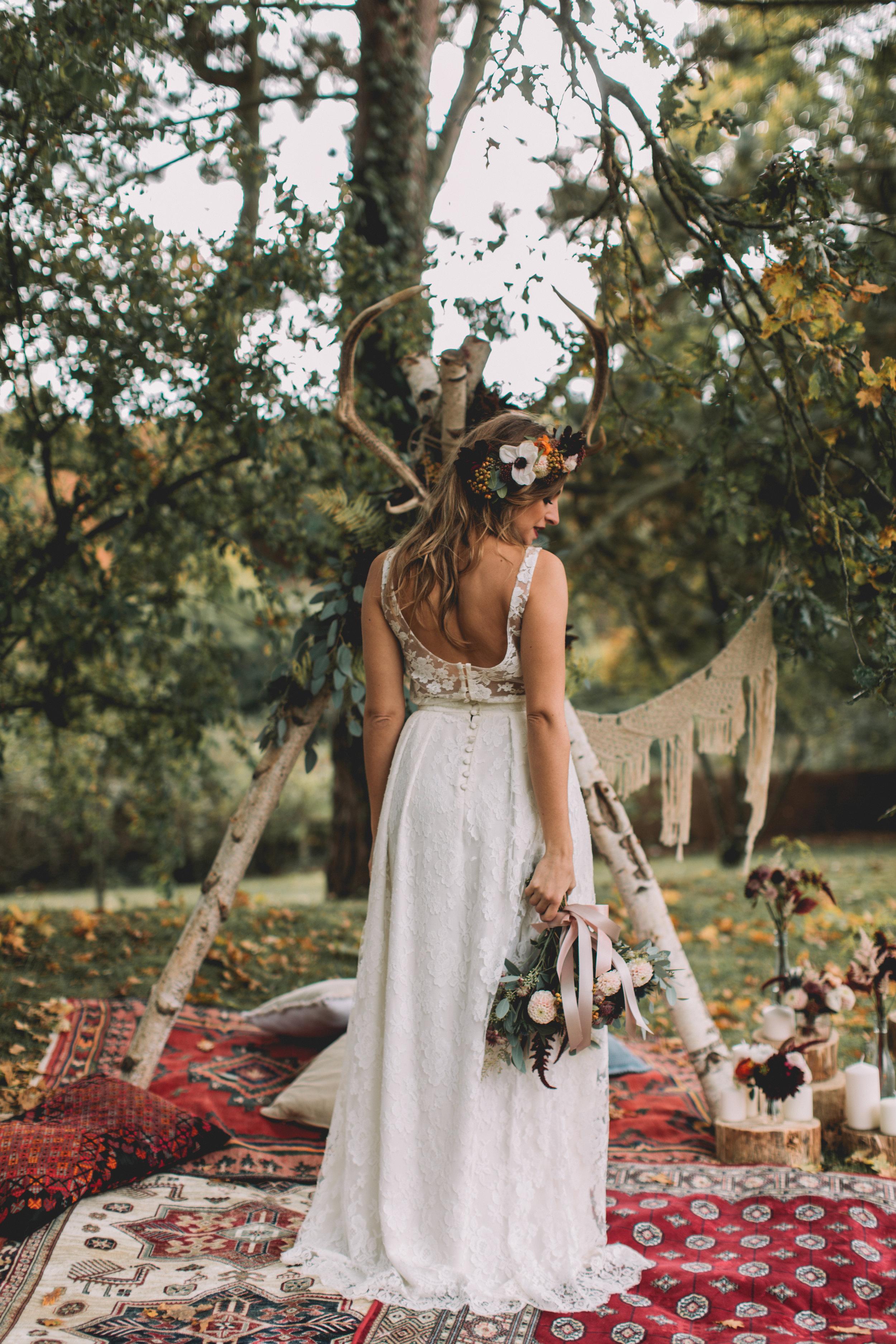 bröllop+boho+höst+brudklänning+brudbukett
