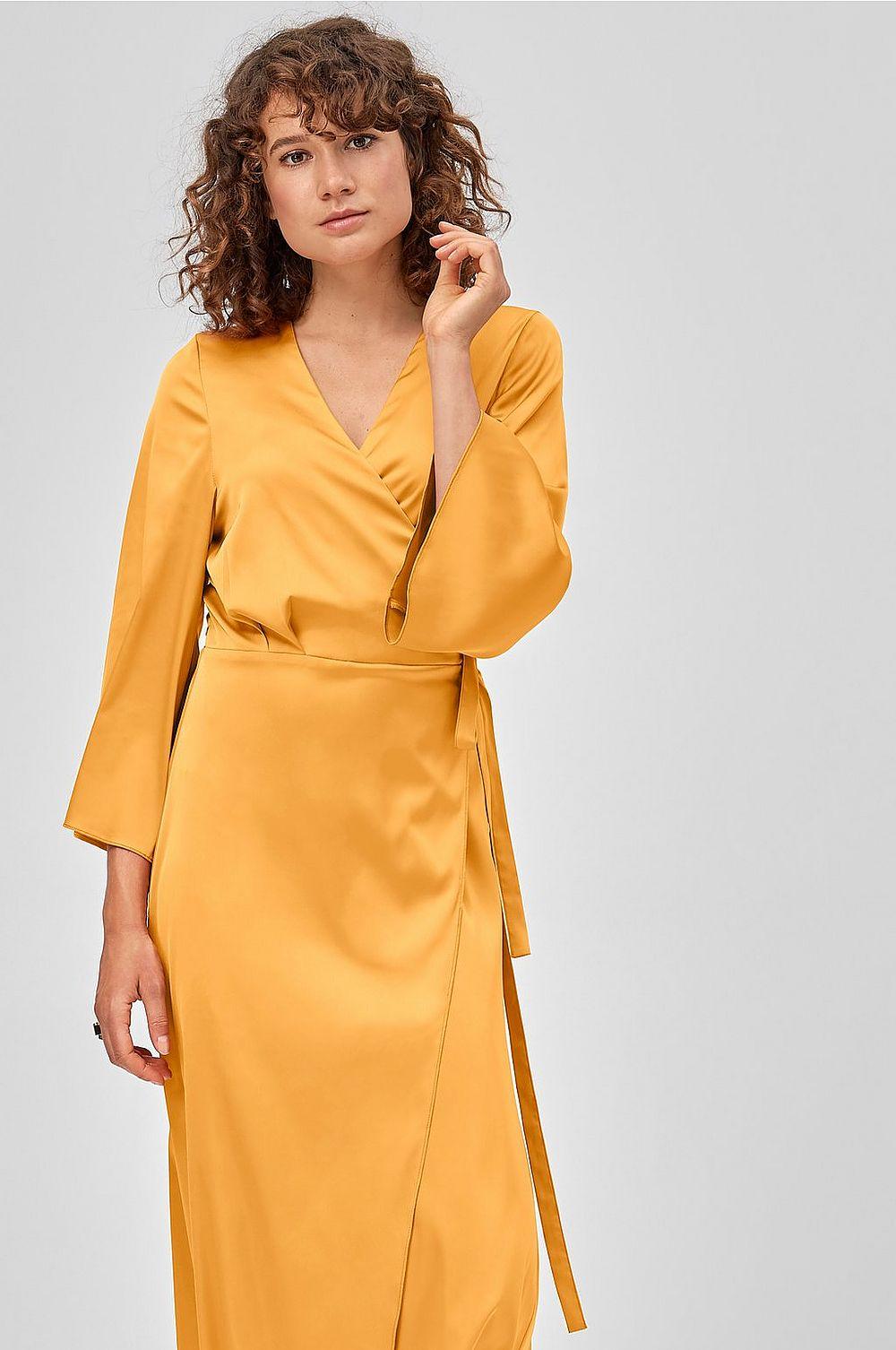Gul klänning , Ellos