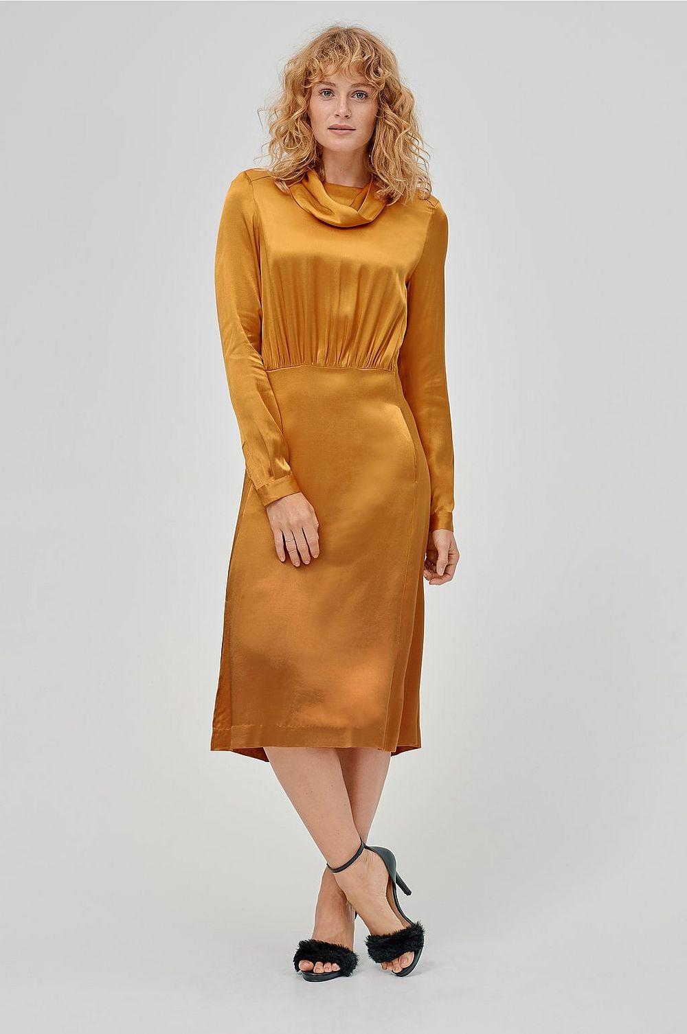 Senapsgul klänning , Ellos