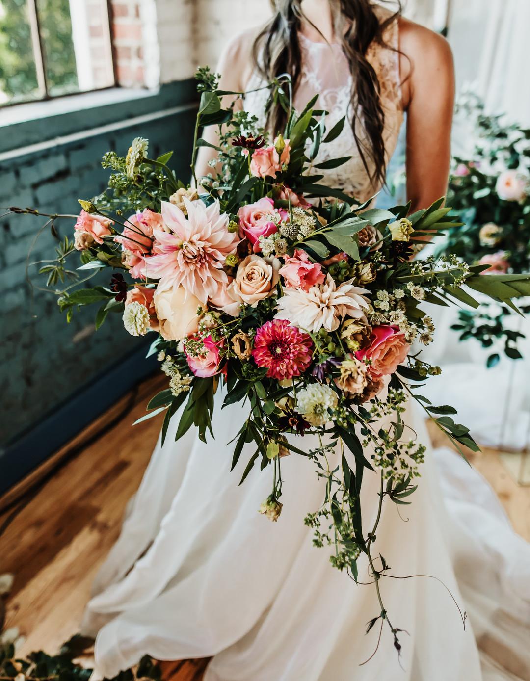 bröllop+industriellt+boho+bukett