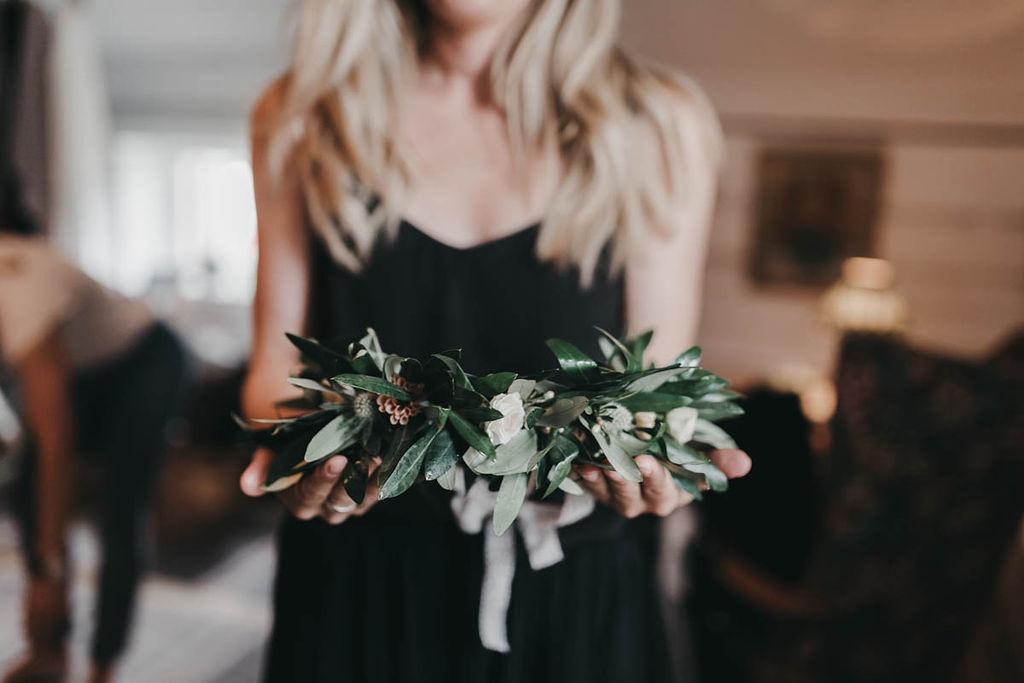 blomsterkrans bröllop