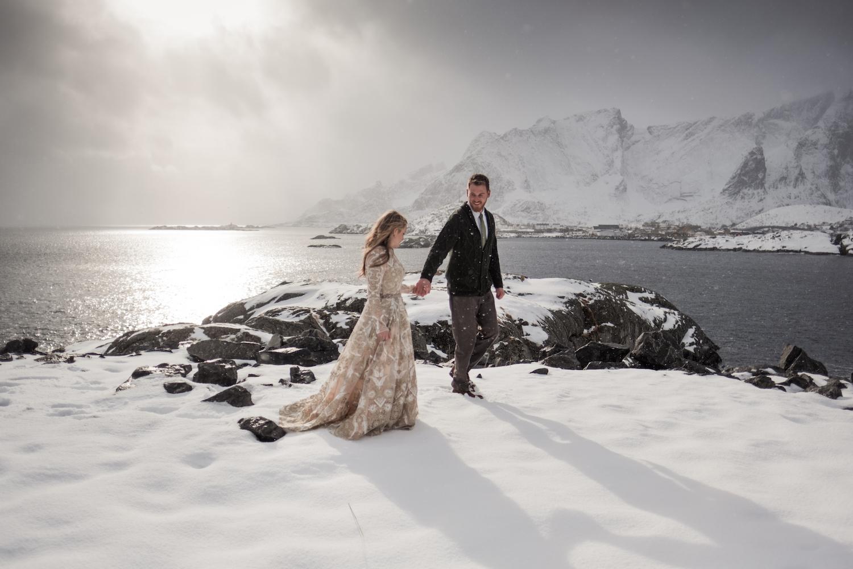 Winter Wedding in Norway Lofoten