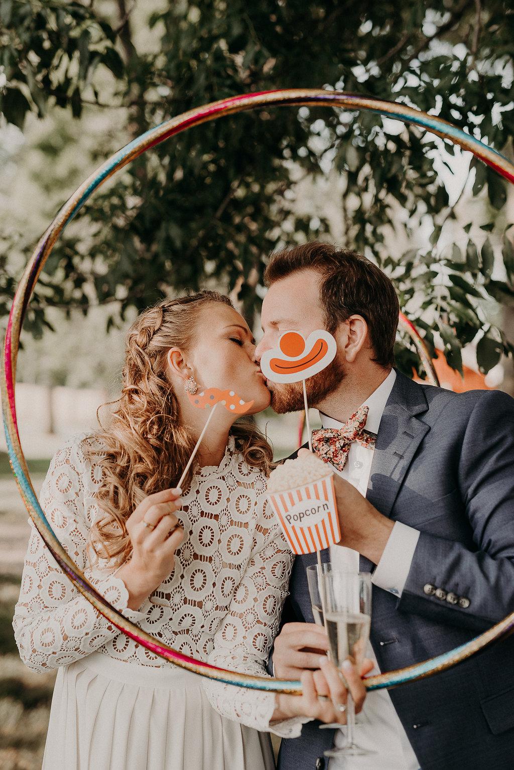 cirkustema bröllop